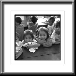 scool children, black and white